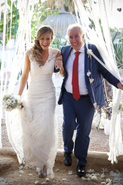 Photographie de mariage, arrivée de la mariée