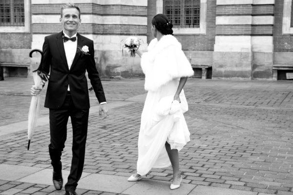 Reportage photo mariage, sortie de la mairie de Toulouse