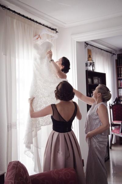 Photo preparatifs de la mariée