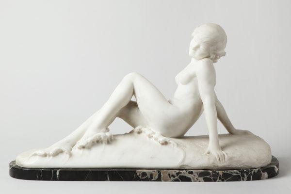 Photographie catalogue ouevre d'art: sculpture marbre, par Valle Serrano, basée à Toulouse
